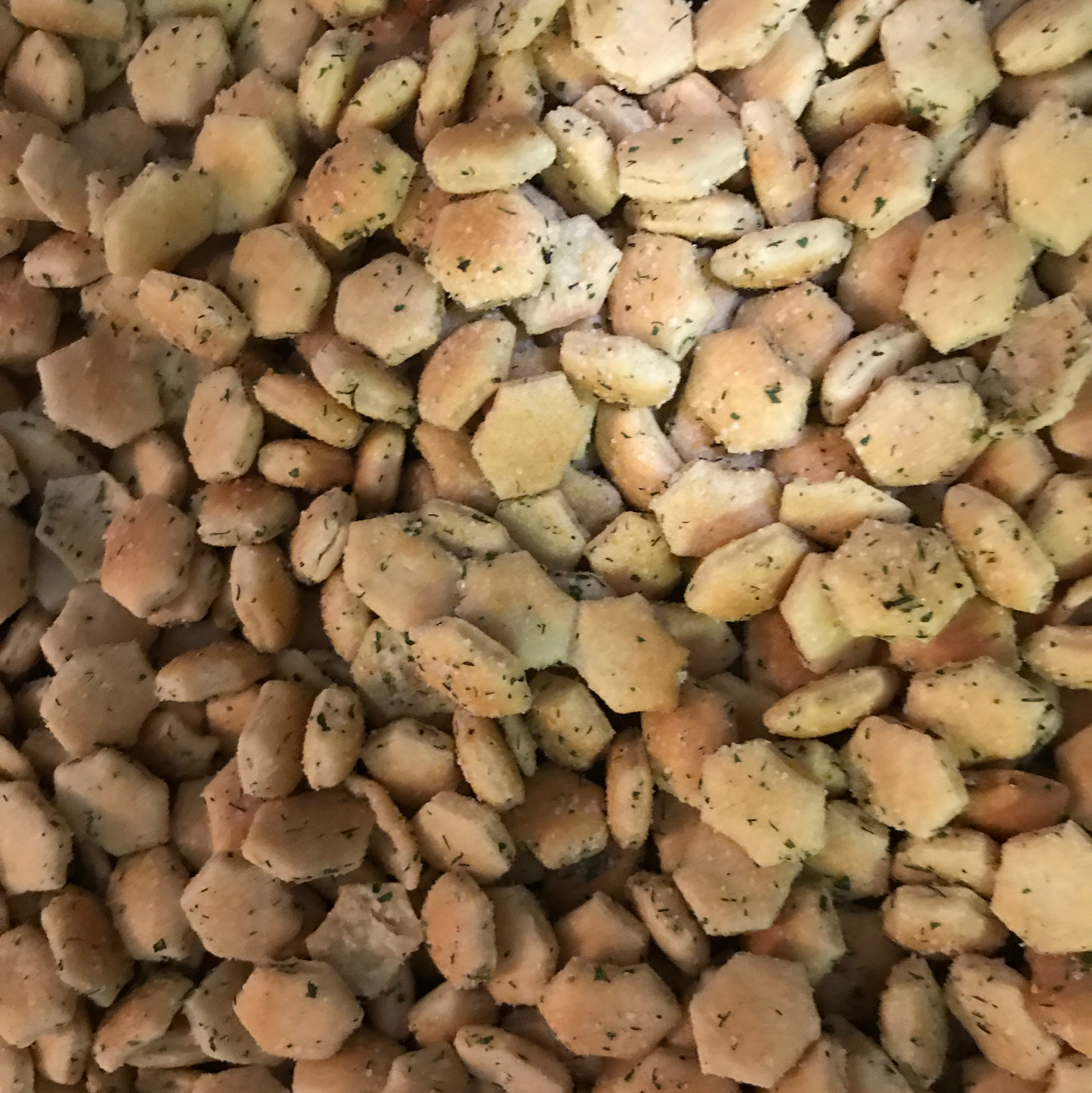 Tasty Seasoned Oyster Crackers LeasaPhipps