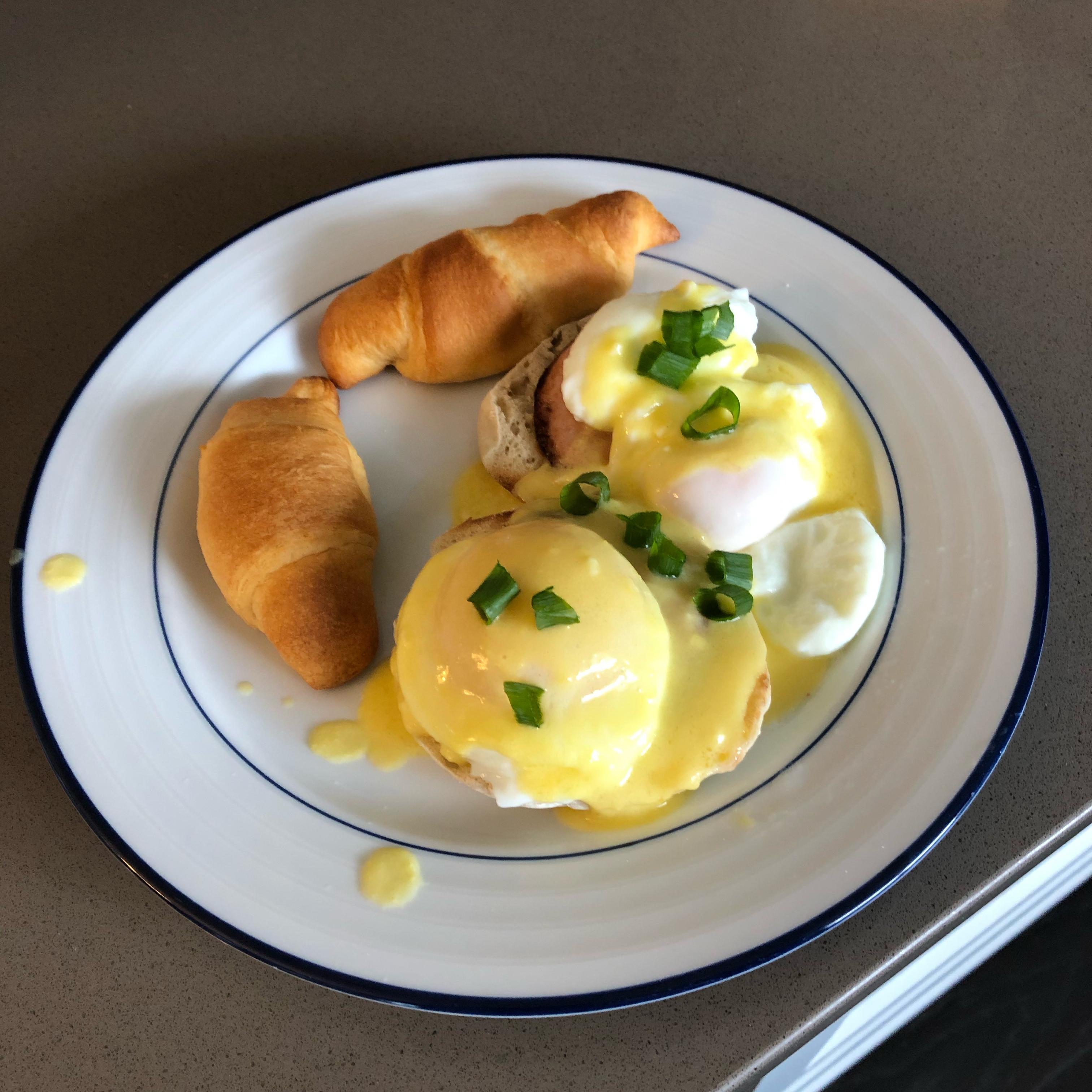 Eggs Benedict Jwrust