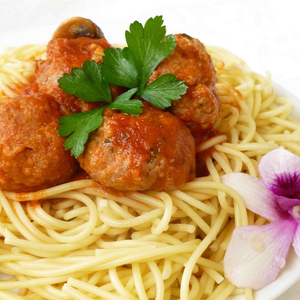 Jenn's Out Of This World Spaghetti and Meatballs JENNGOETZ