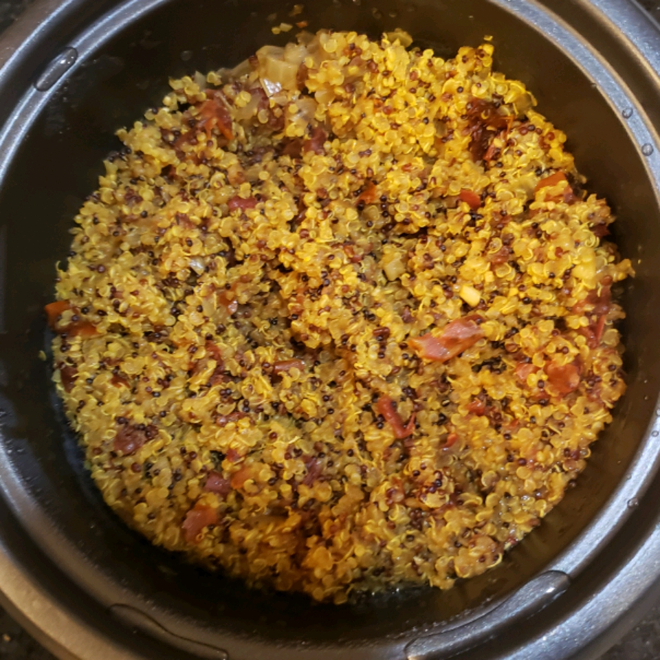 Rice Cooker Chicken Quinoa with Sun-dried Tomatoes RustyShelby