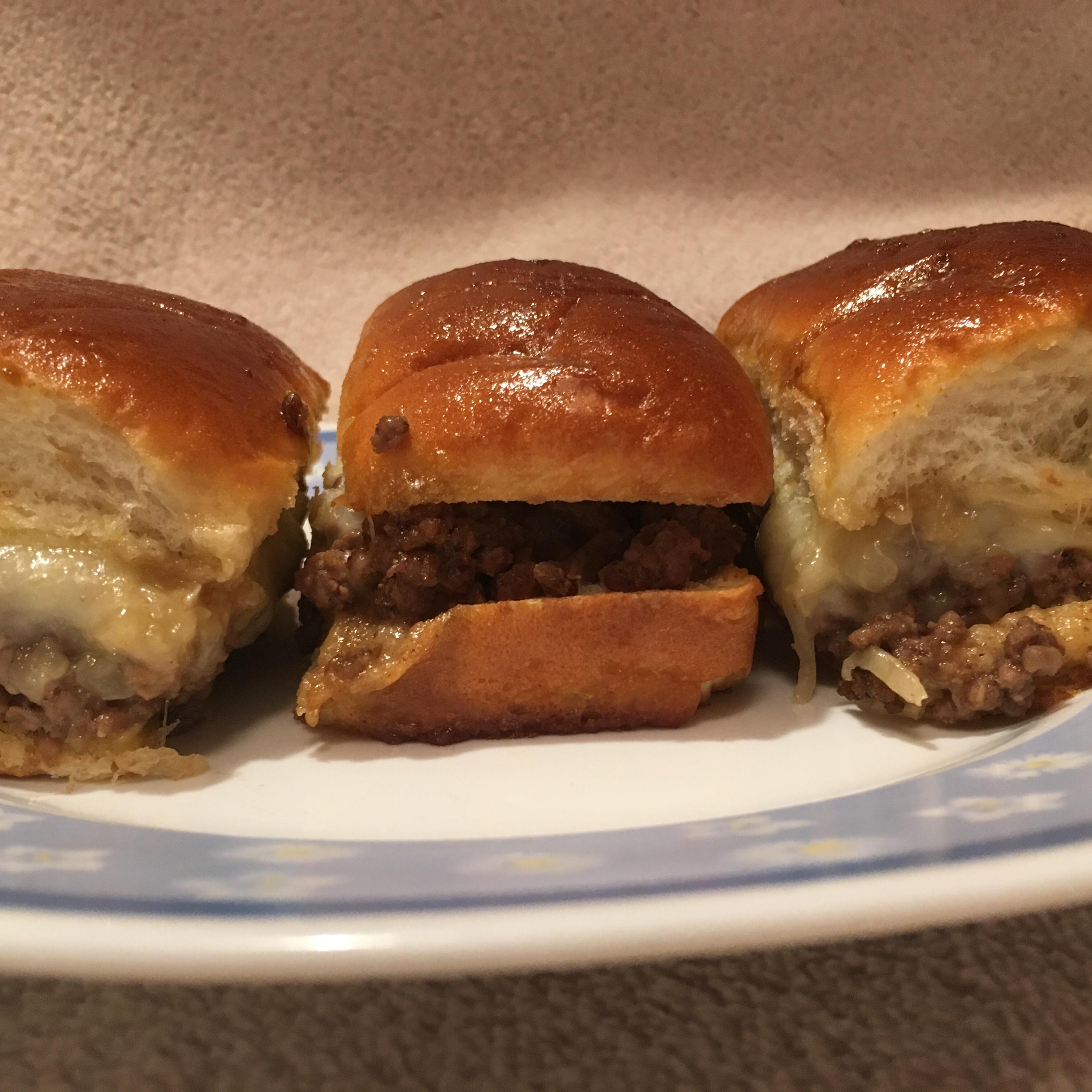 Cheeseburger Sliders cunxtttues