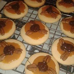 Caramel Pecan Turtle Cookies Anika