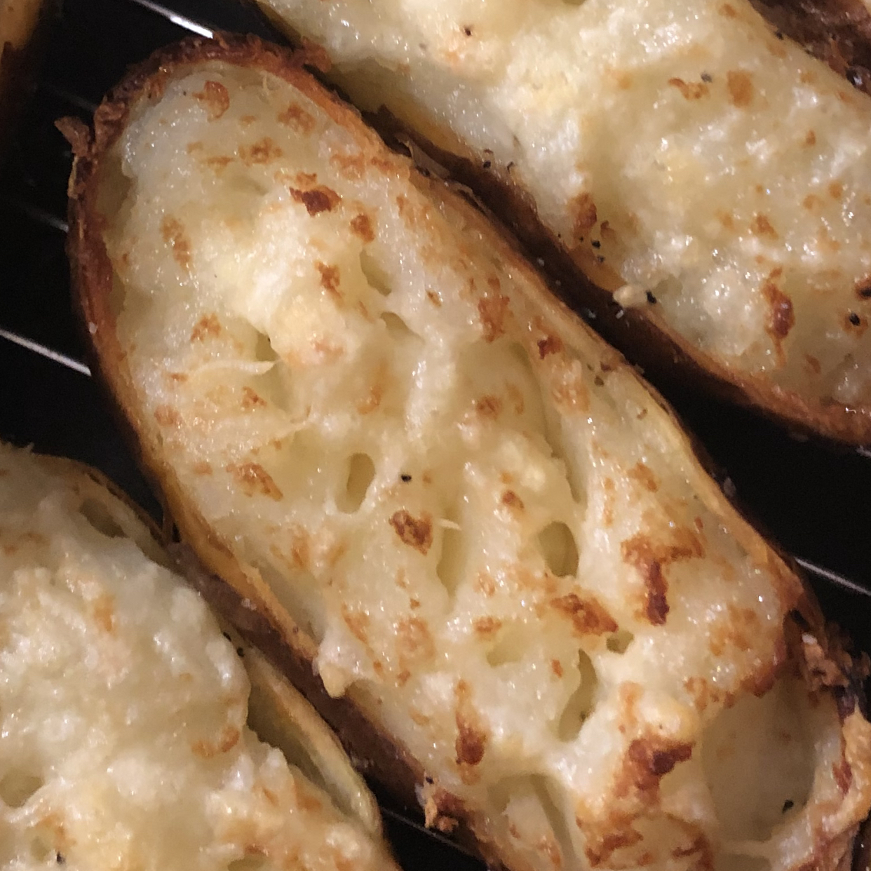 Air Fryer Baked Potatoes aida