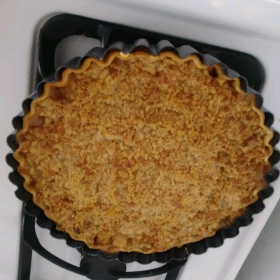 Cheddar Pear Pie Lori