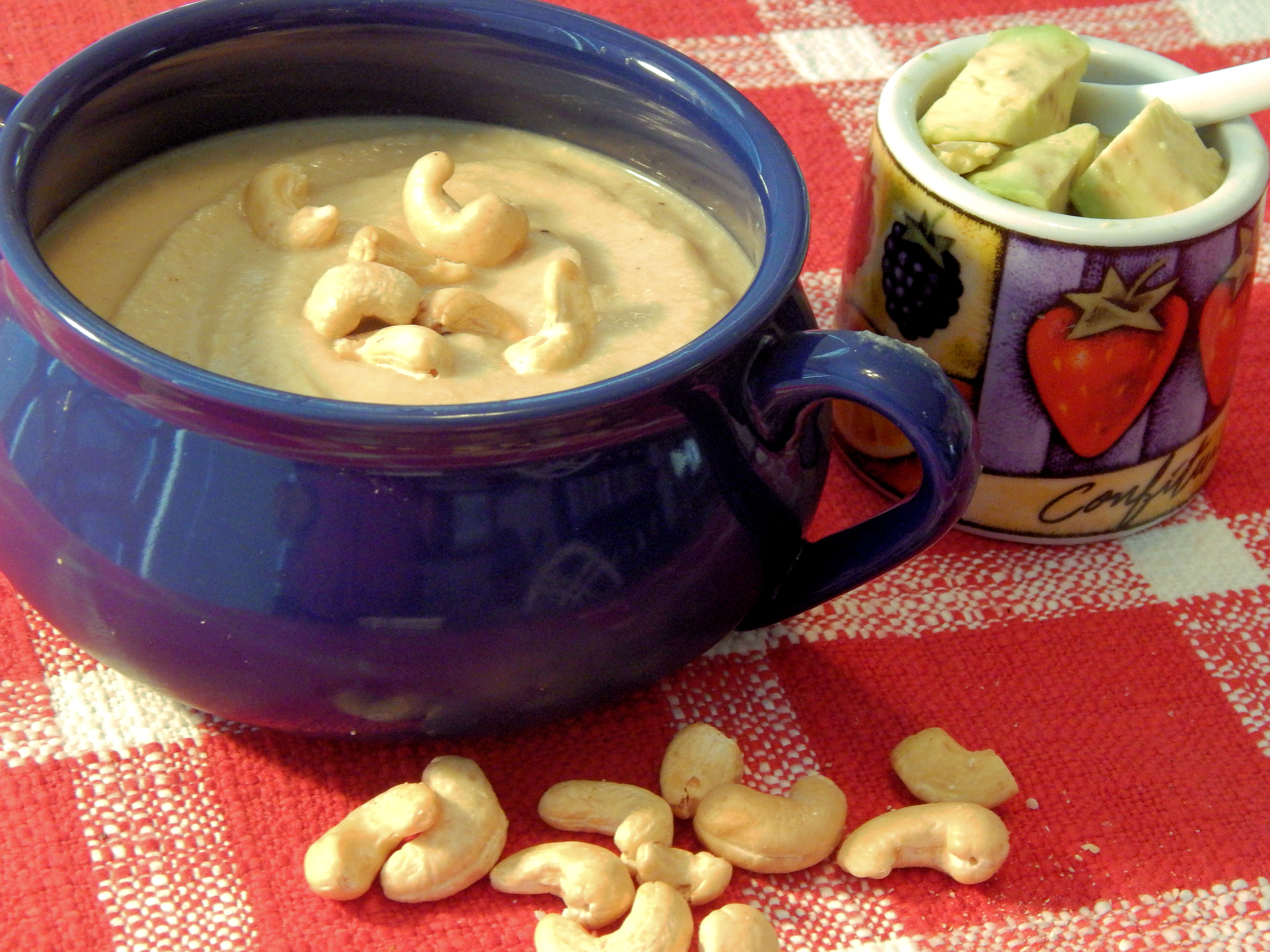 Low-Carb Roasted Cauliflower Soup
