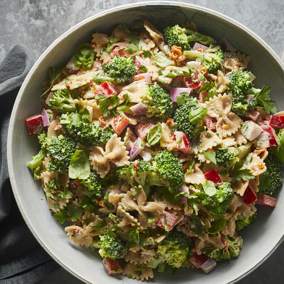 We've loaded this healthy pasta salad with vegetables and flavors of the Mediterranean. Sun-dried tomatoes and a touch of lemon zest jazz up the dressing, while tender-crisp broccoli florets cook alongside the pasta, making assembly (and cleanup!) a breeze. Source: EatingWell.com, January 2020