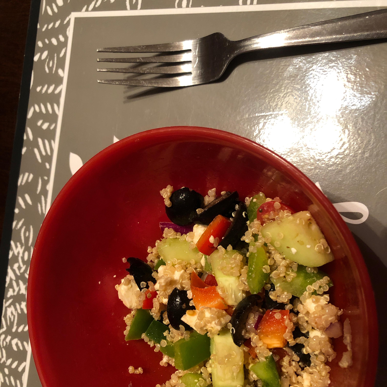 Mediterranean Quinoa Salad with Shrimp Terrbear