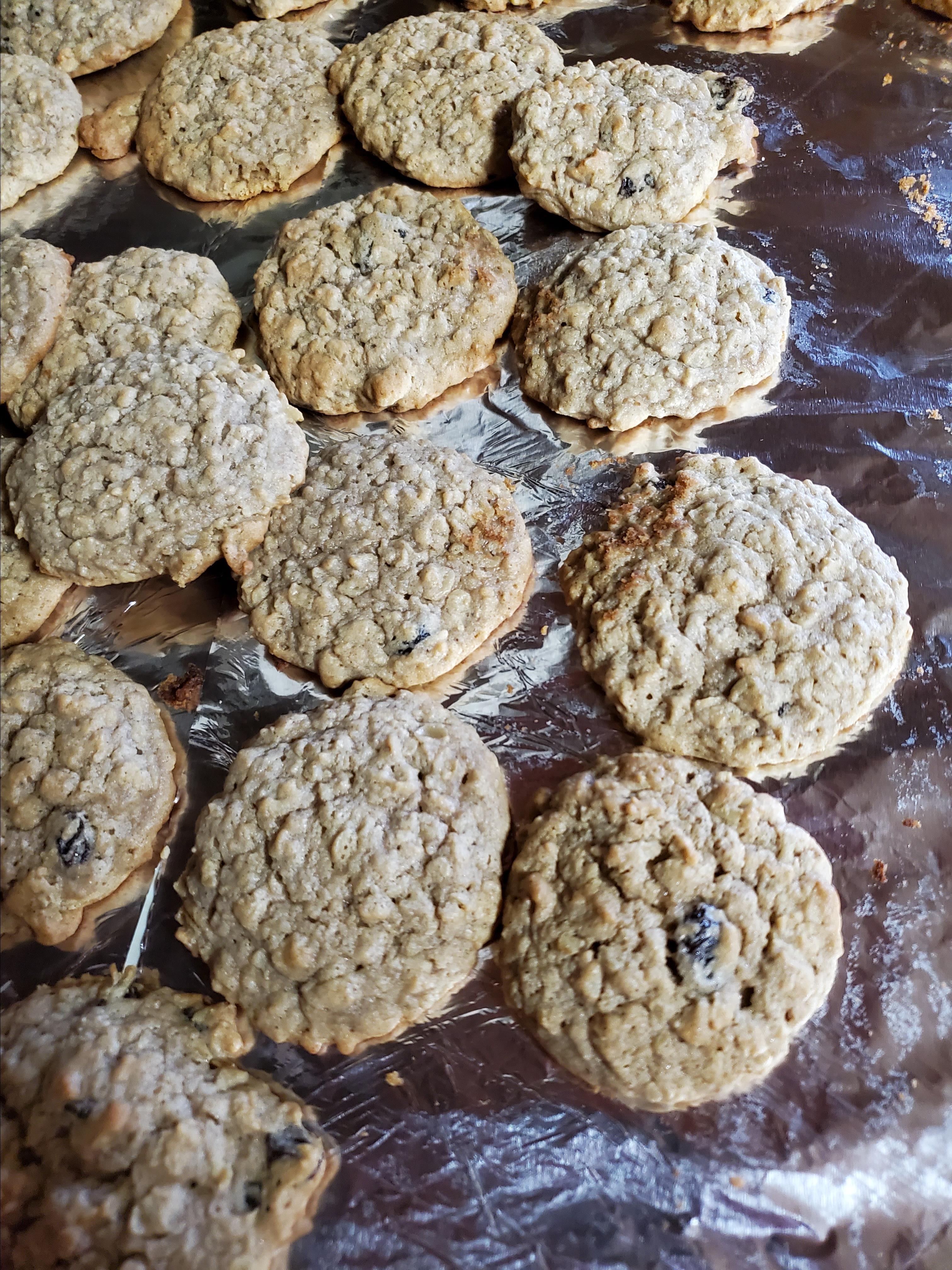 Grandma's Oatmeal Raisin Cookies Lisa