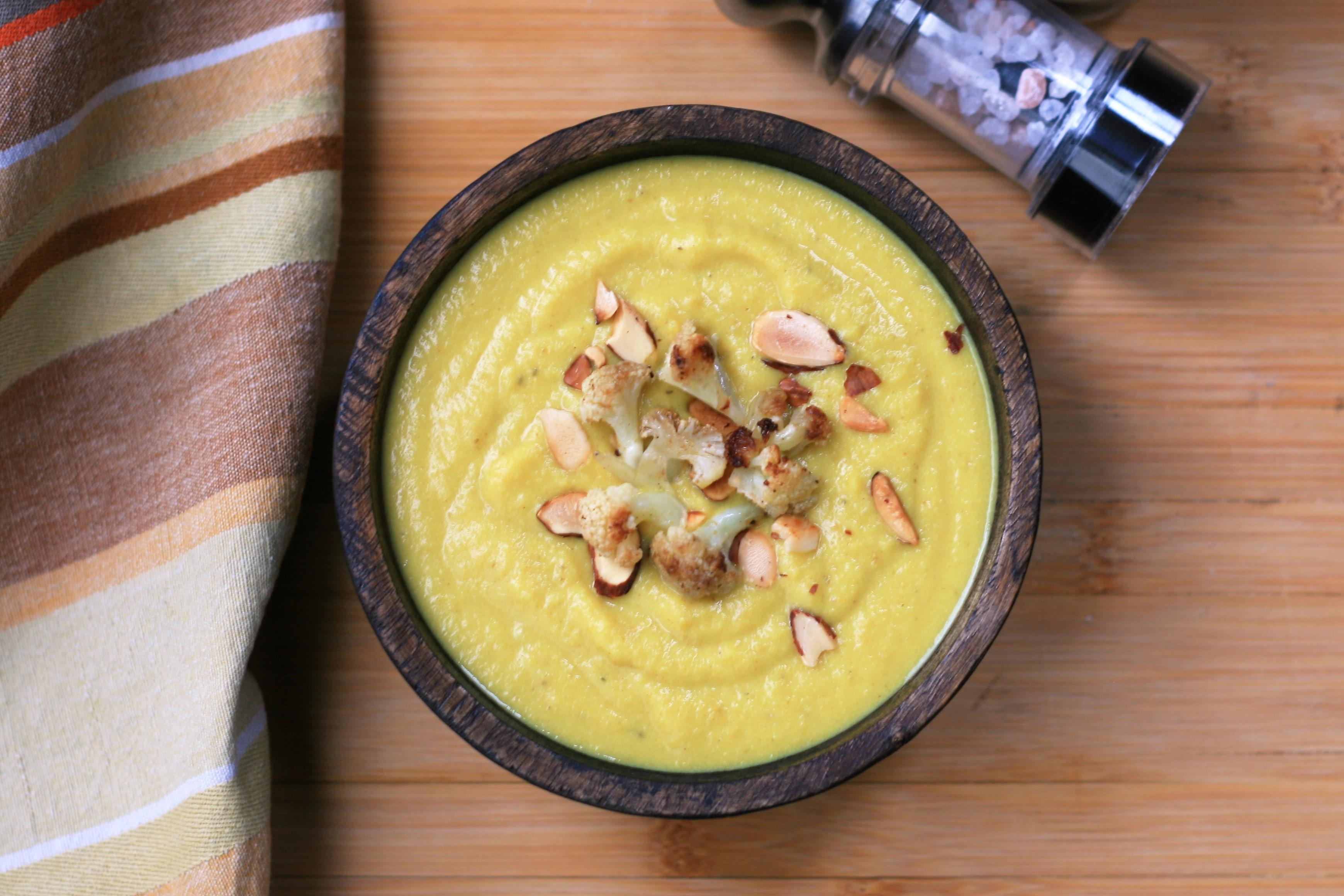 Healthy Roasted Cauliflower Soup