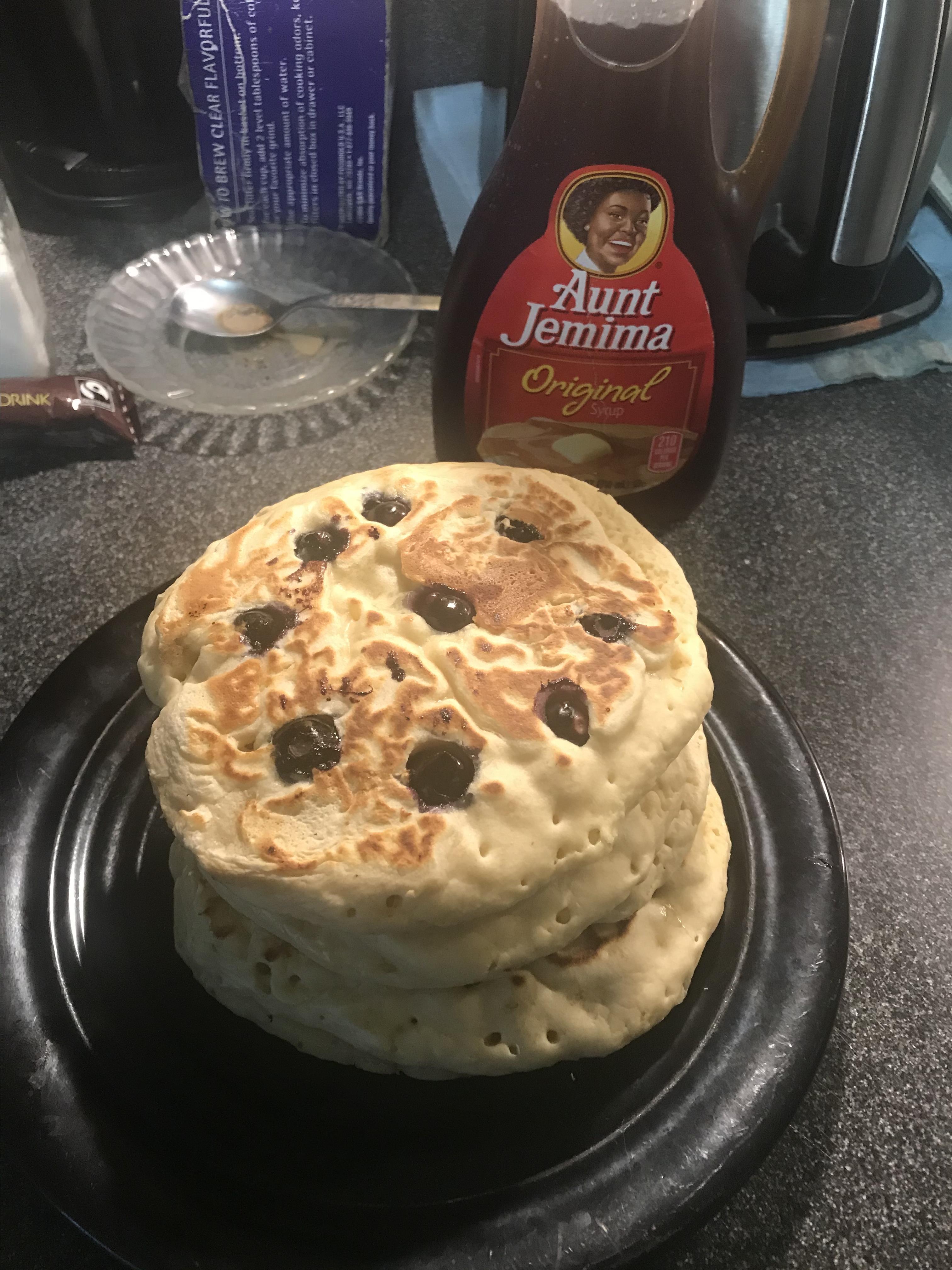 Lemon-Blueberry Pancakes Daniele Vargas