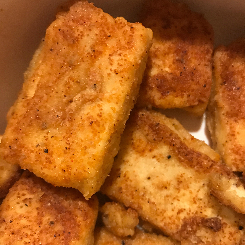 Breaded, Fried, Softly Spiced Tofu Wendy A. Cevallos