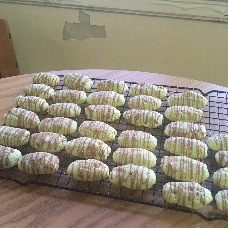Pistachio Cream Cheese Fingers