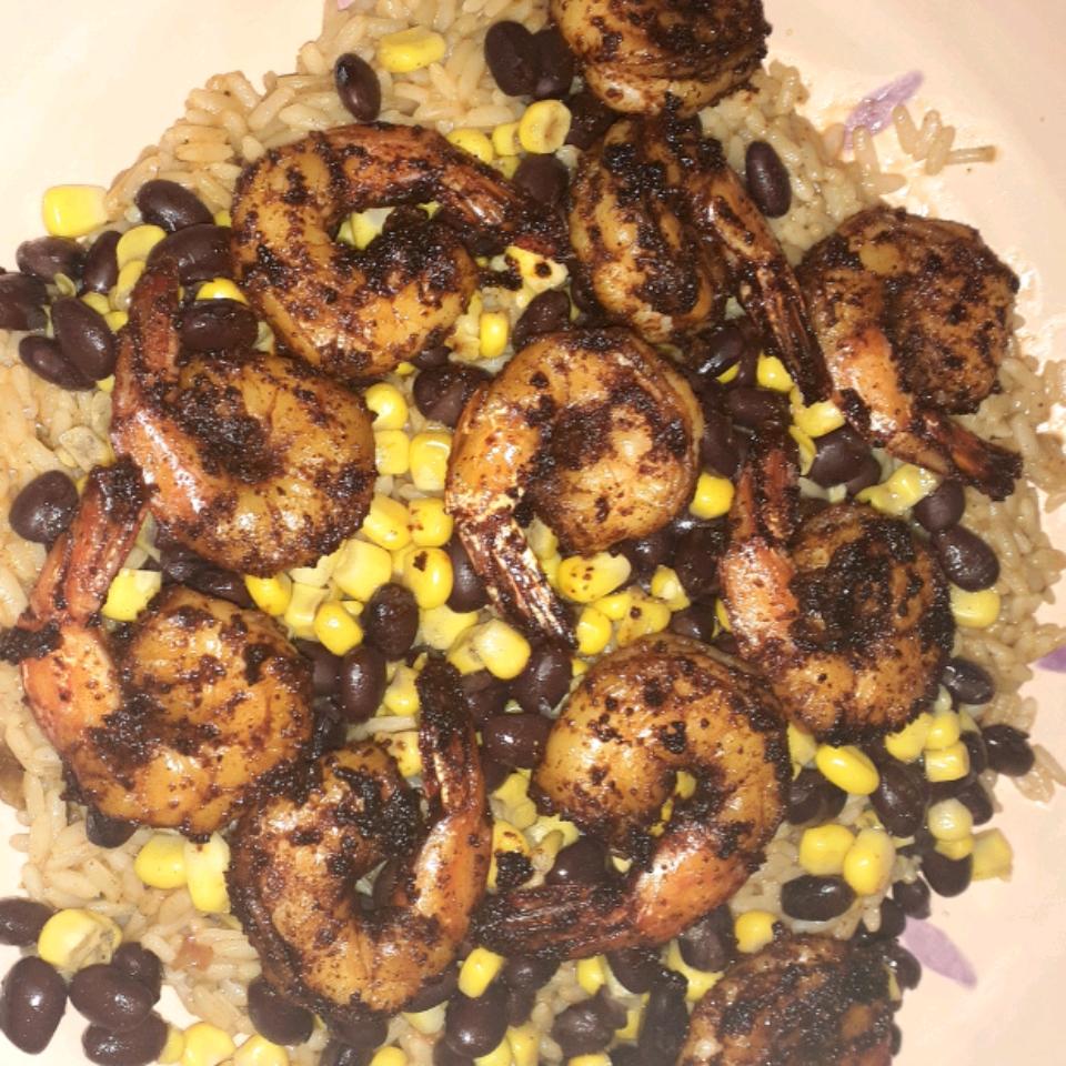 Grain Bowl with Blackened Shrimp, Avocado, and Black Beans stephdaisy