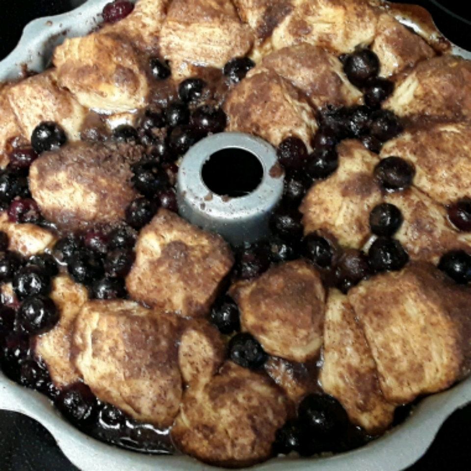 Blueberry Buckle Pull-Apart Bread jack