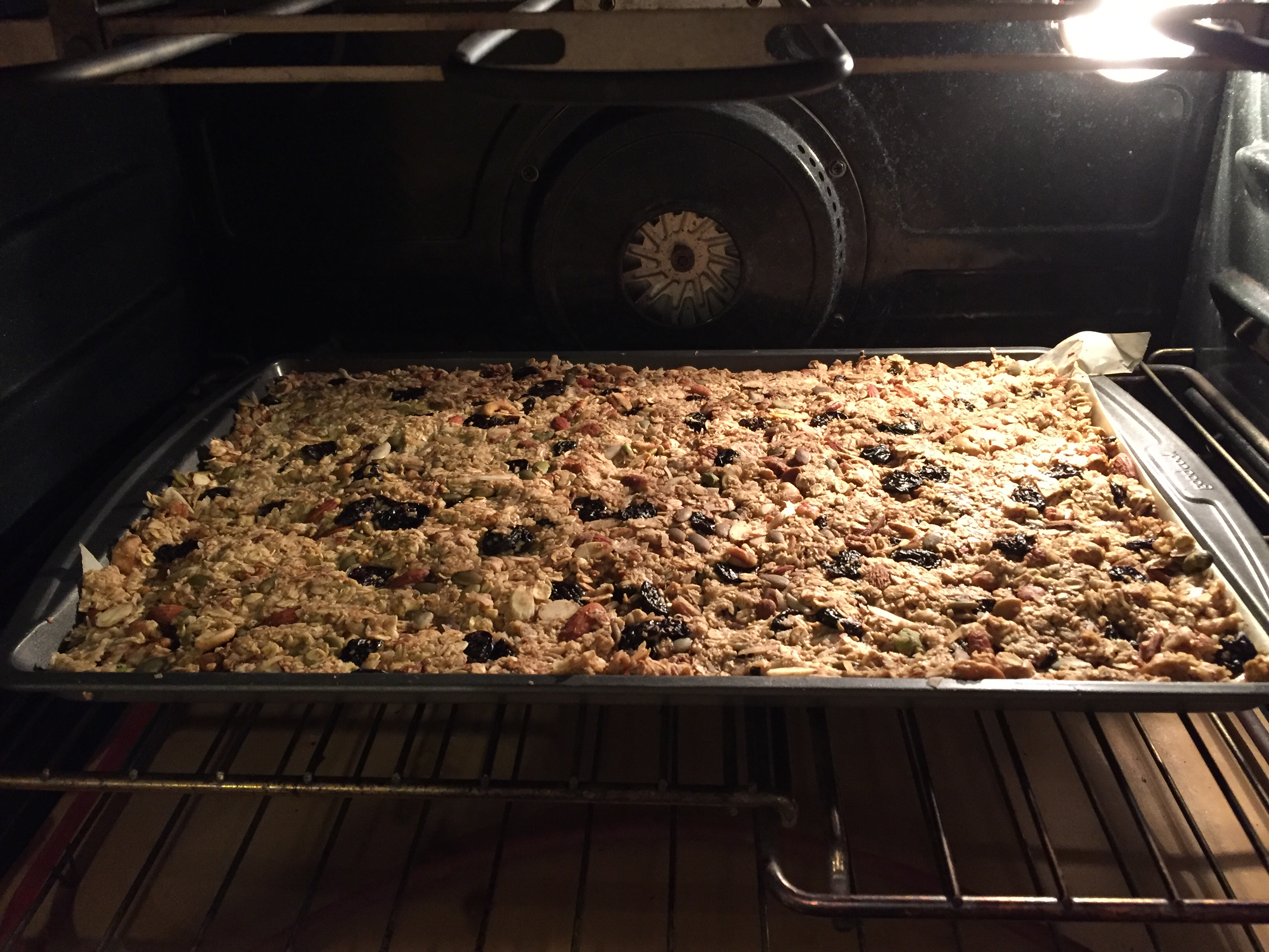 Easy Oatmeal and Almond Bars