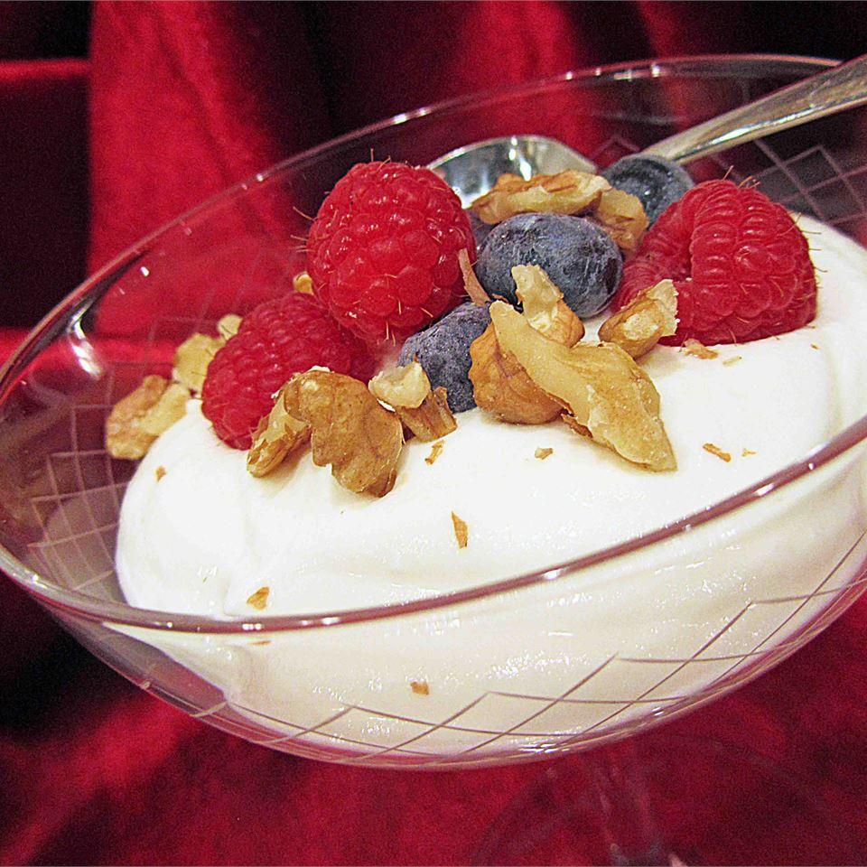 Berries and Cream Linda