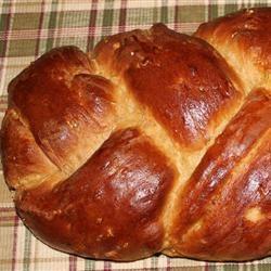 D's Whole Wheat Challah Sarai