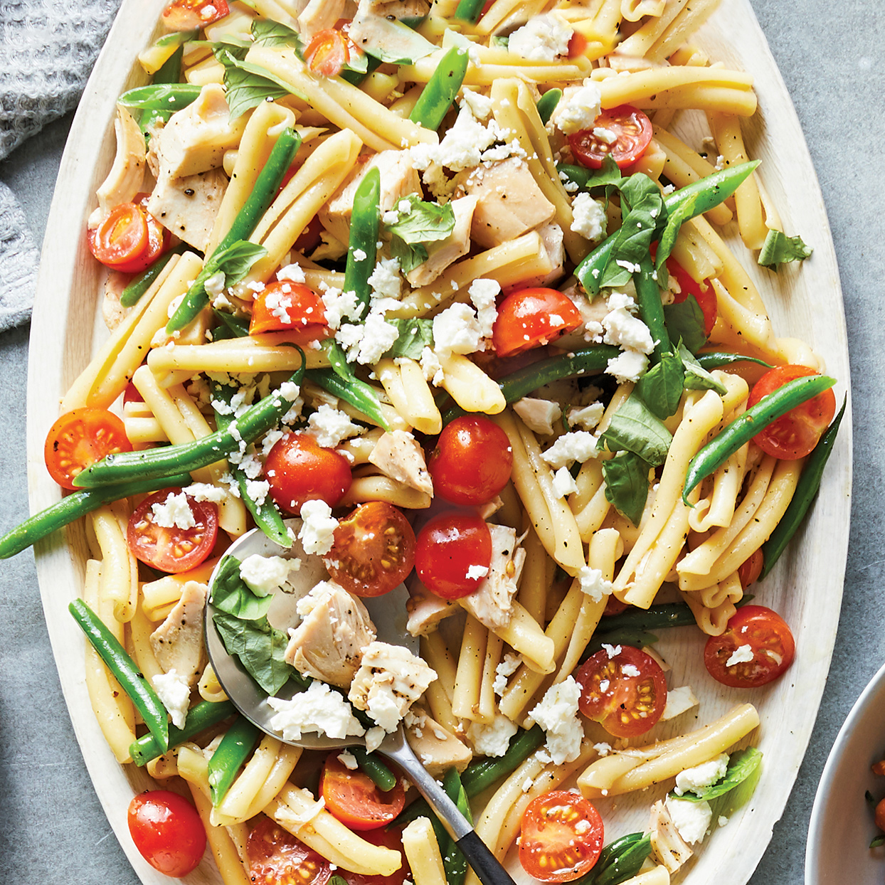 Need something to bring to a party or backyard barbecue? This make-ahead chicken pasta salad recipe is classic and completely adaptable-you can swap in whatever veggies, herbs or cheese you like. Source: 400 Calorie Recipes