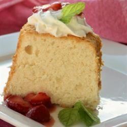 Heavenly Angel Food Cake mominml