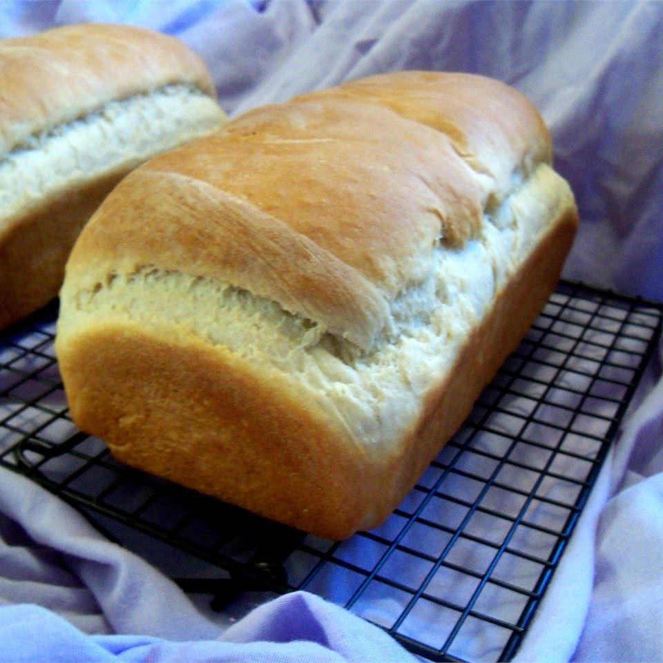 Grandma VanDoren's White Bread Rae