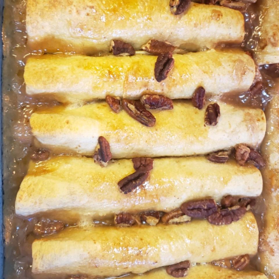Easy Apple Enchilada Dessert JoannB