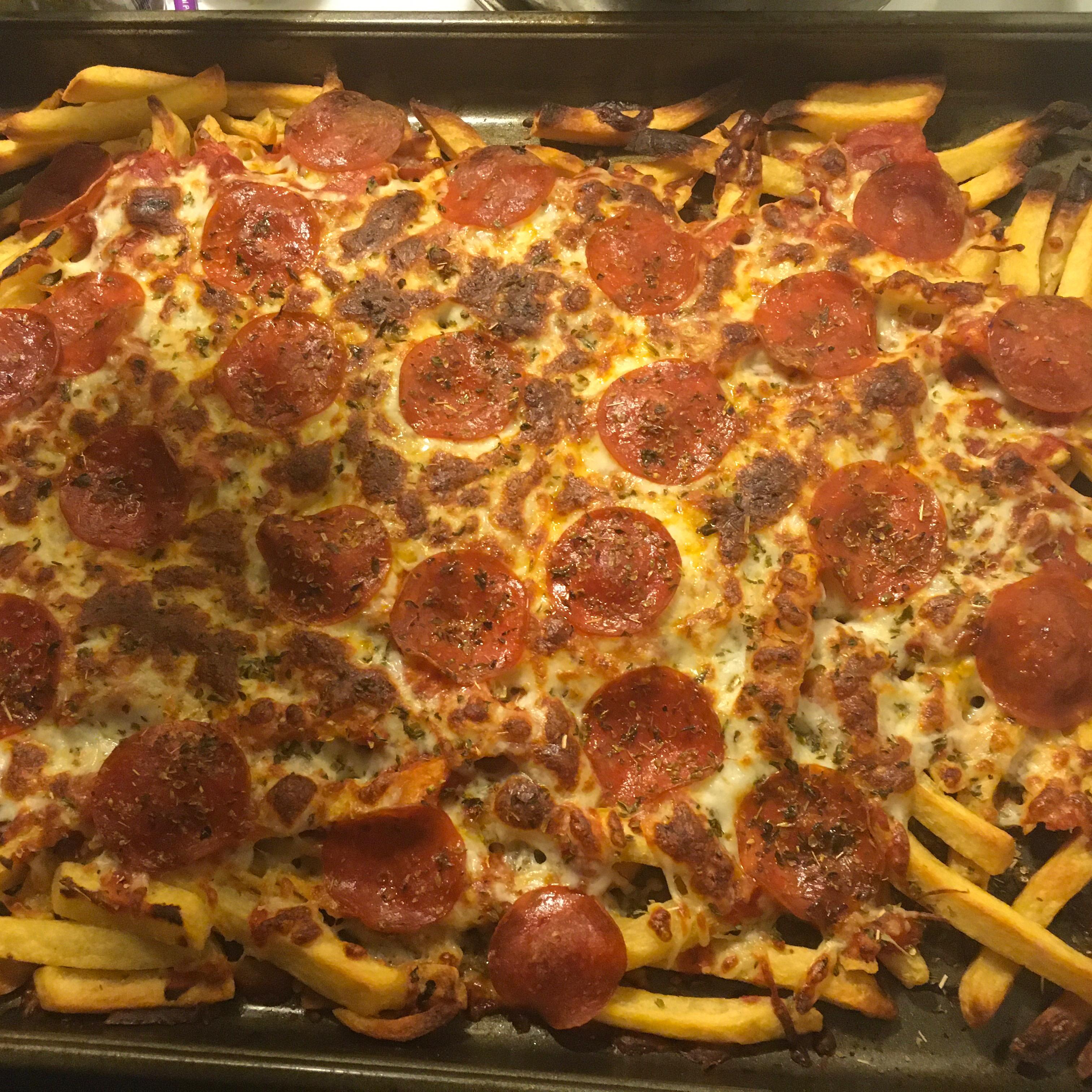 Jan's Loaded Pizza Fries