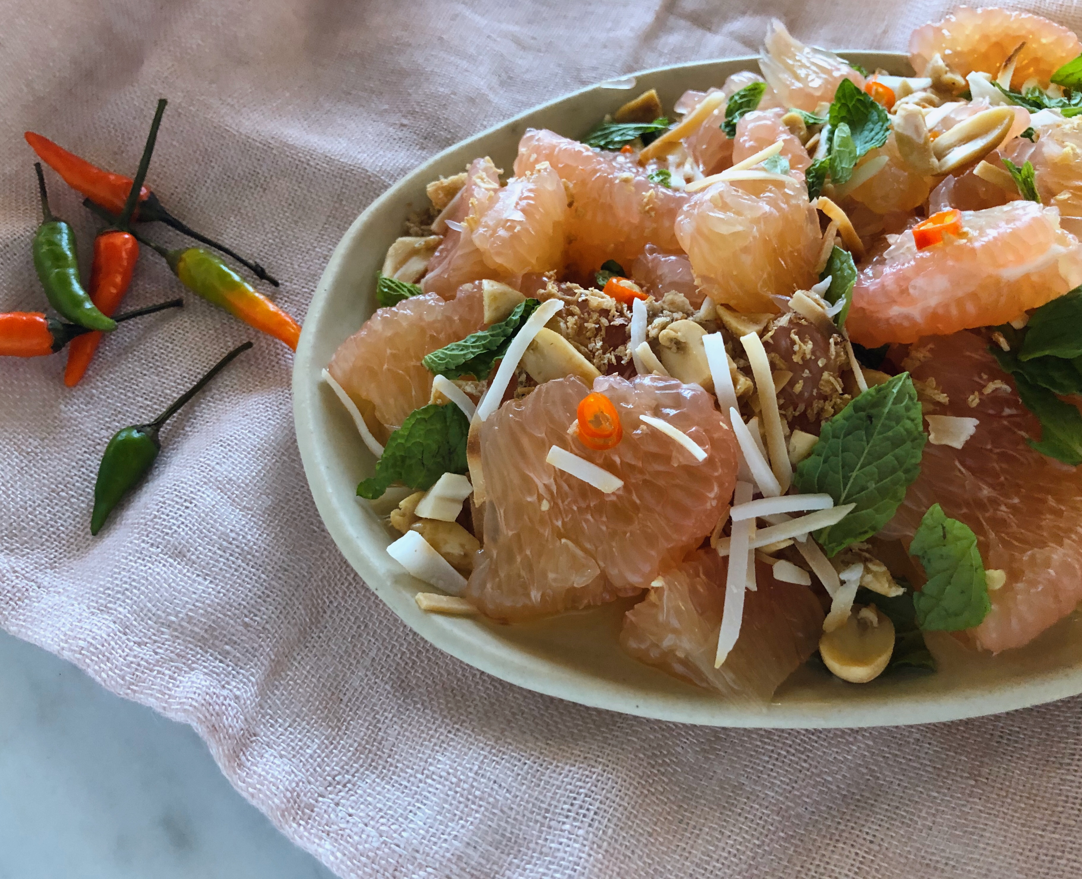 Pomelo Salad with Peanuts, Mint, and Chile
