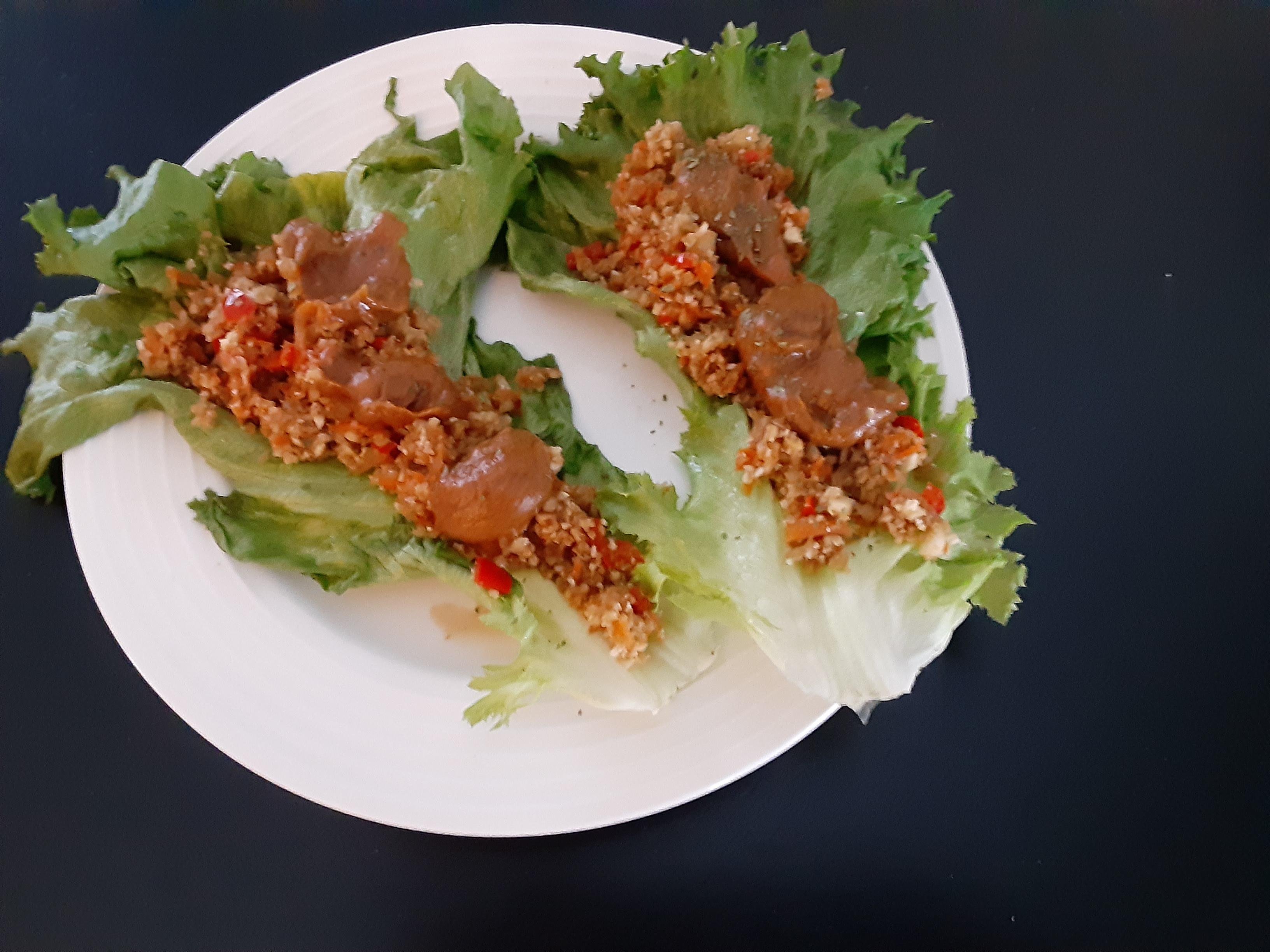 Cauliflower Rice Lettuce Wraps with Spicy Peanut Sauce bfr610