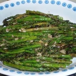 Broiled Asparagus with Lemon Tarragon Dressing SLJ6