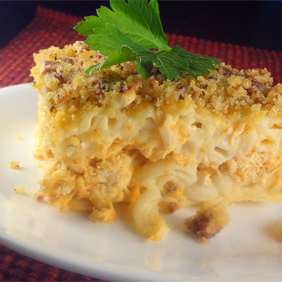 Mac and Cheese II Lori