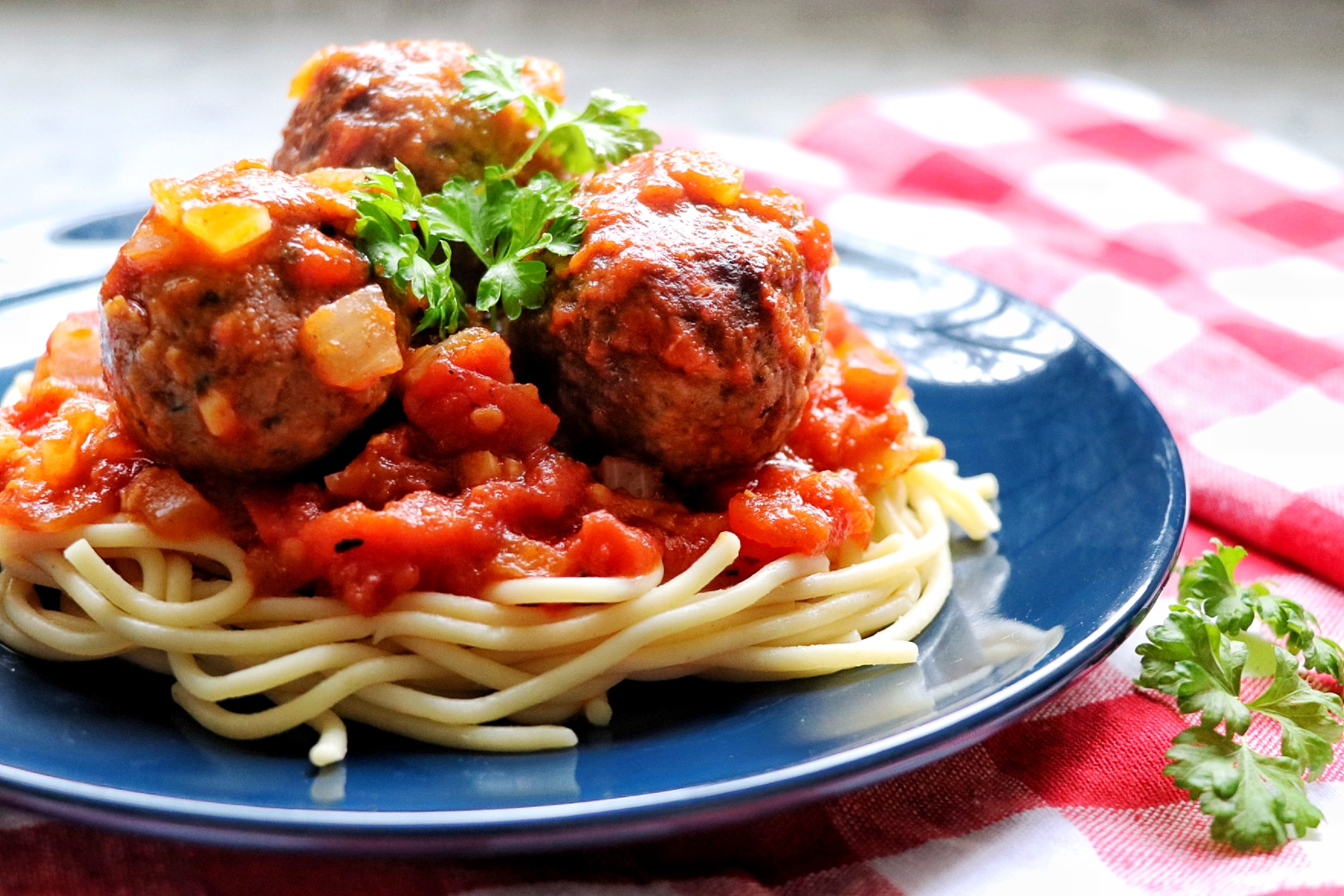 These plant-based meatballs are made with Beyond Meat's® Beyond Beef® and served with a slow-simmered tomato sauce for a hearty, satisfying vegan meal.