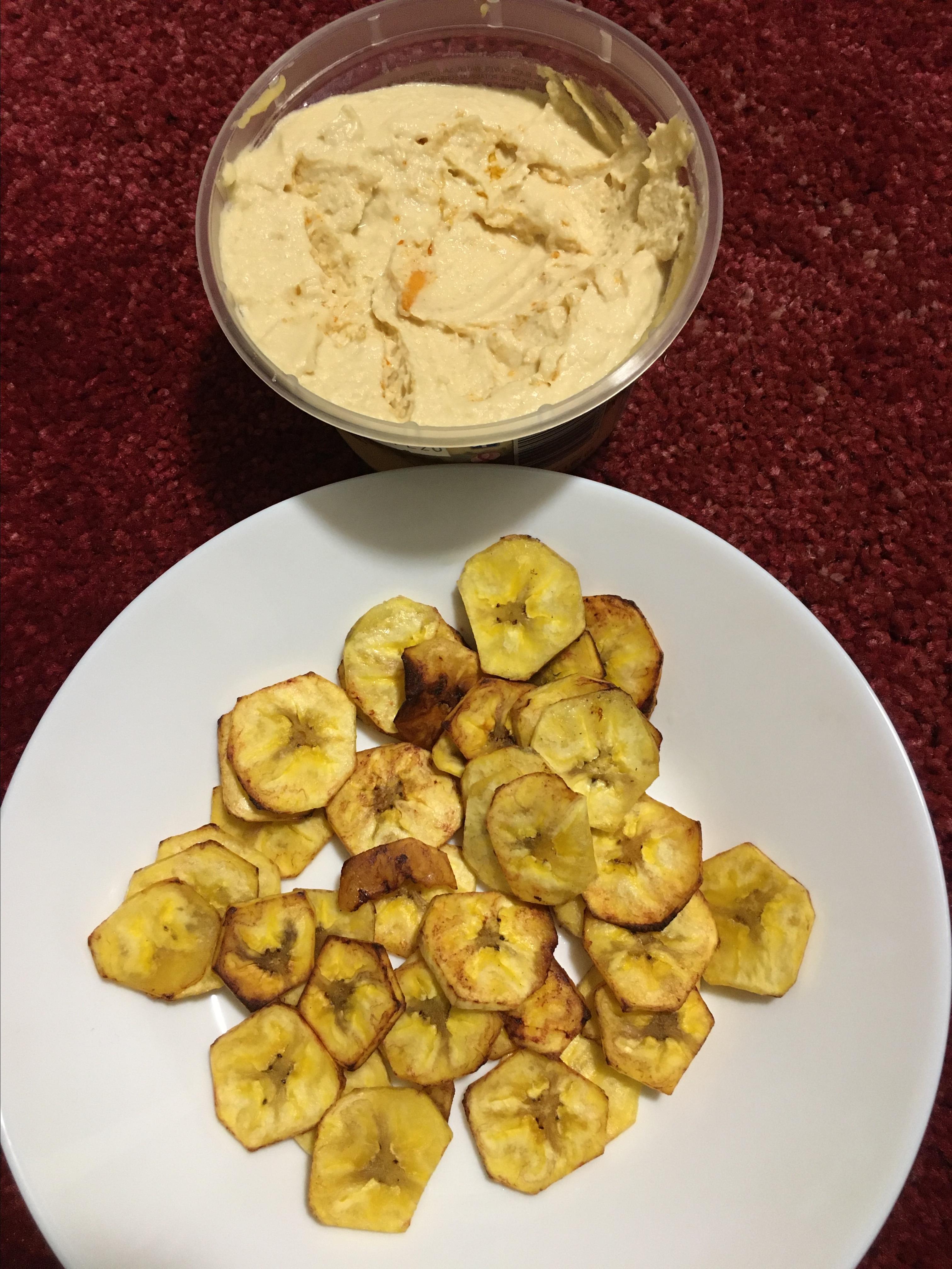Red Pepper-Cauliflower Hummus with Plantain Chips Roshanak Kalantari