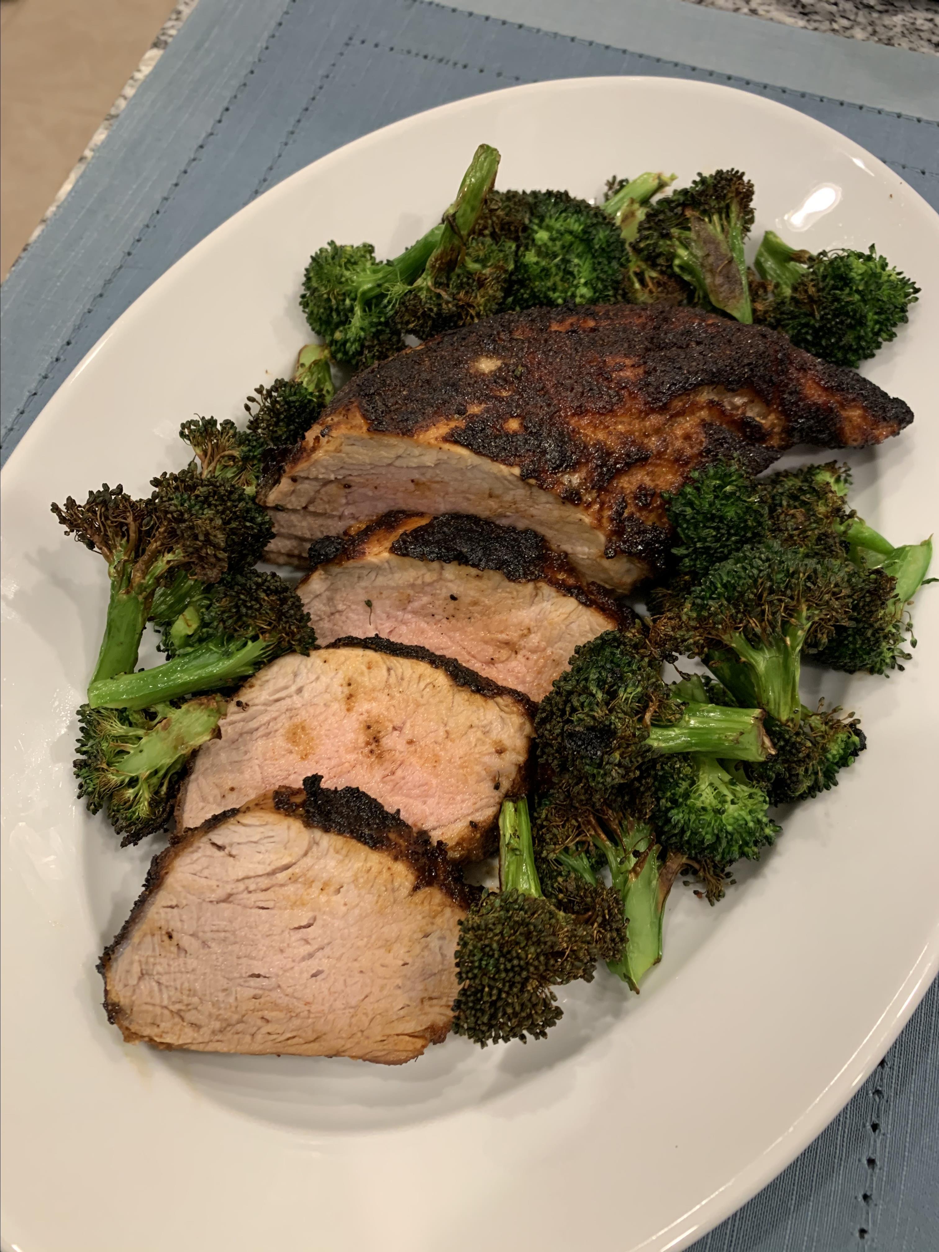 Air Fryer Dry-Rubbed Pork Tenderloin with Broccoli Howard