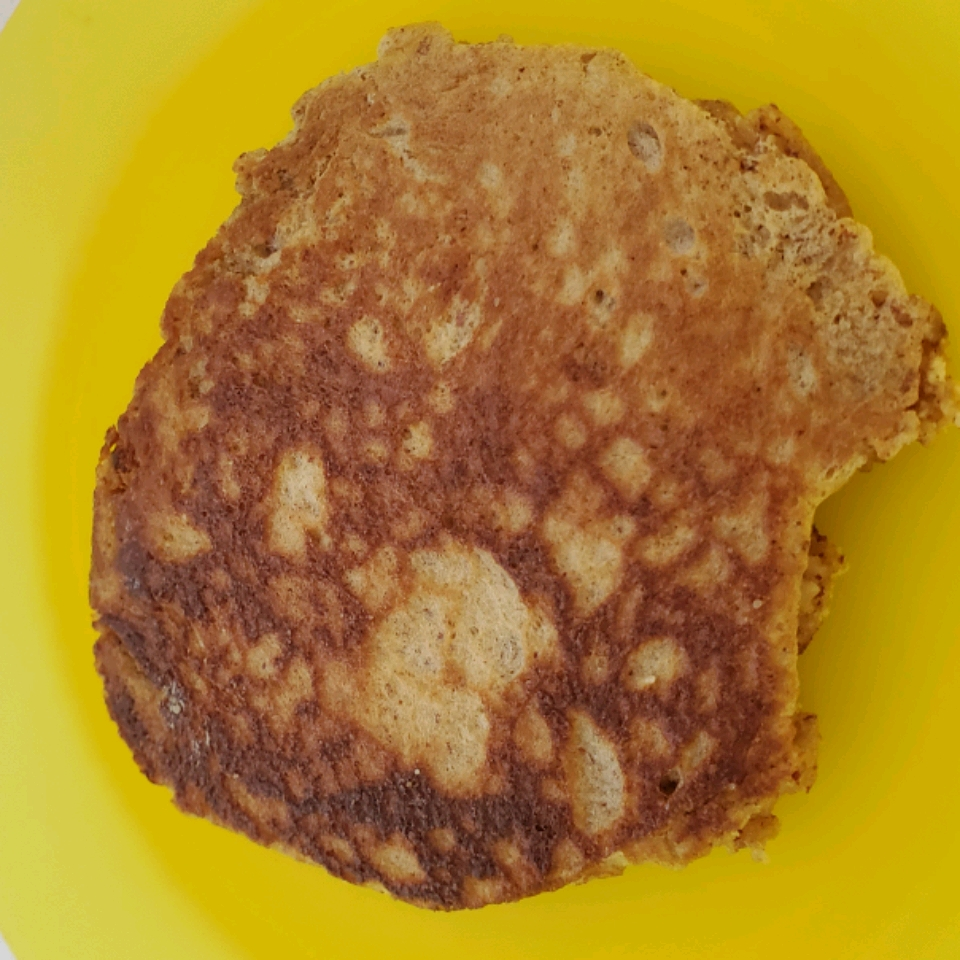 Amazing Almond Flour Pancakes (Gluten-Free and Paleo-Friendly)