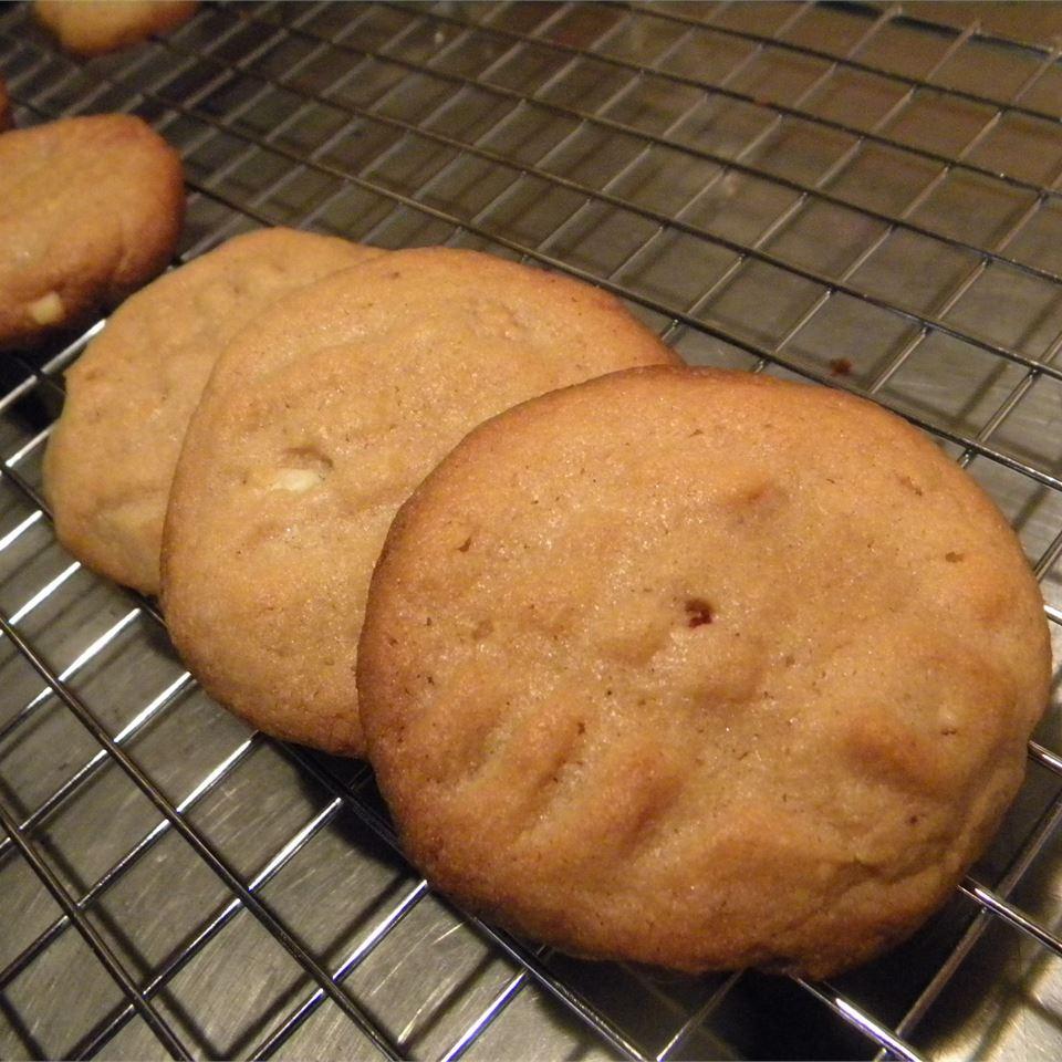 Peanut Butter Chip Cookies I Pat Johnson