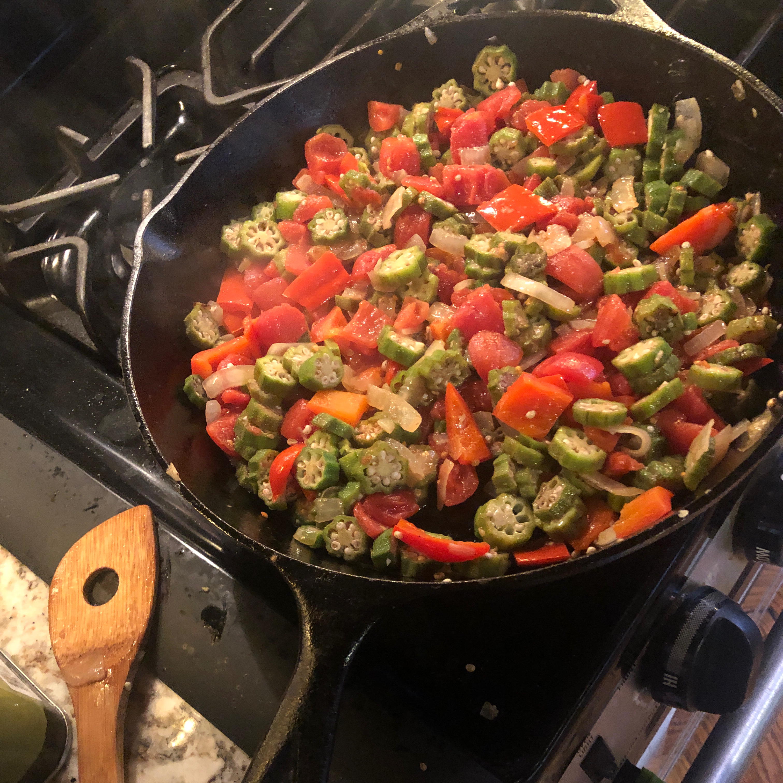 Okra and Tomatoes bveerdonk