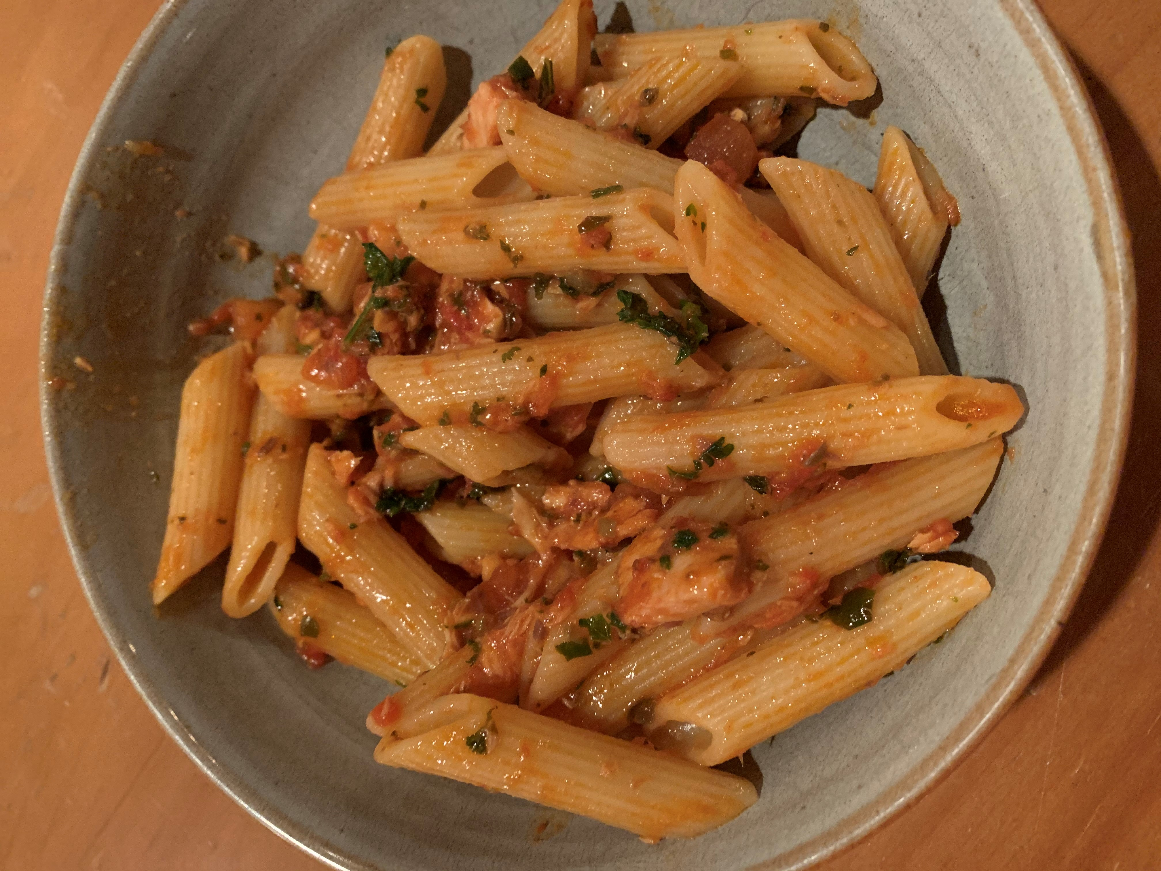 Easy Pasta with Tuna and Tomato Sauce Marianne