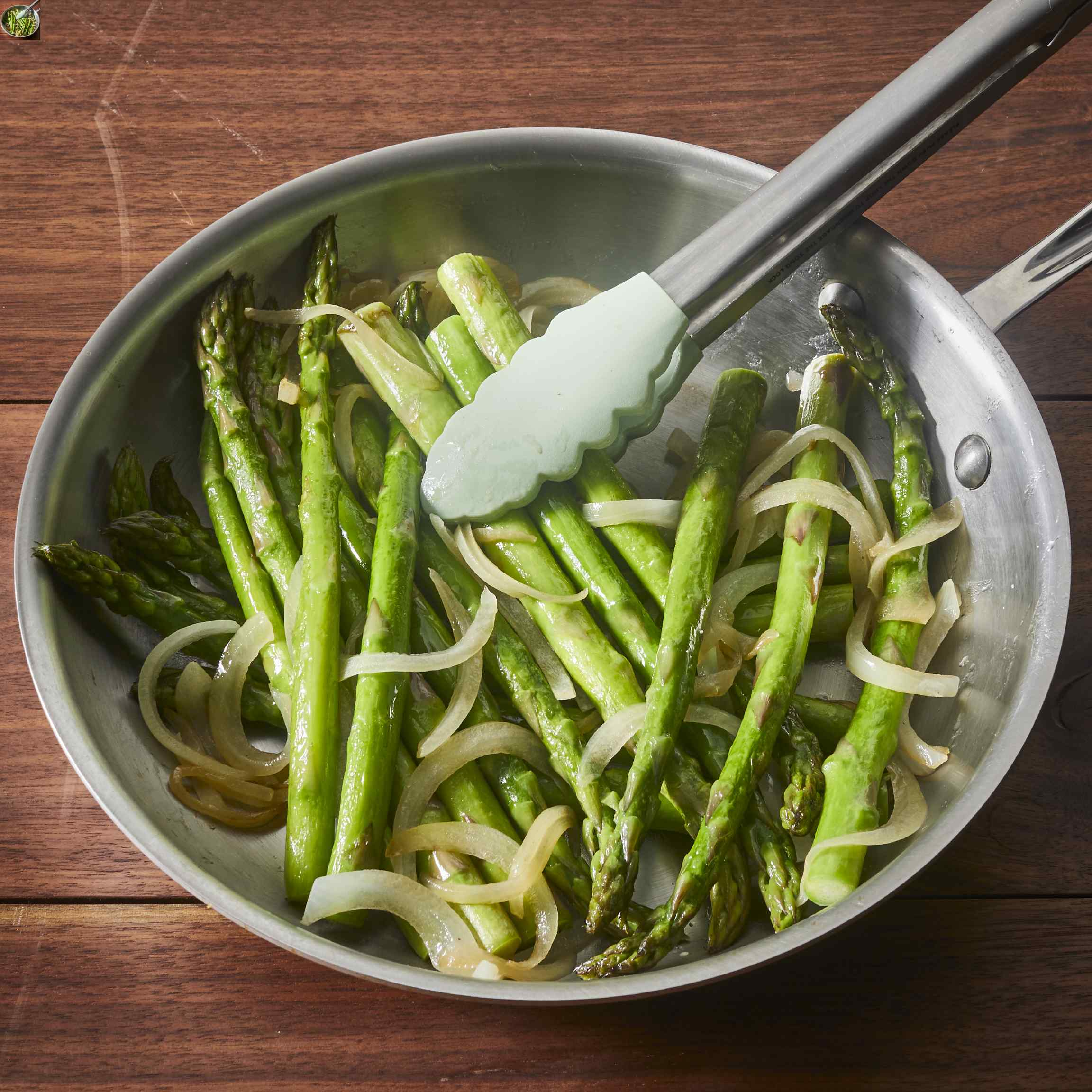 Pan-Fried Asparagus with Onions Trusted Brands