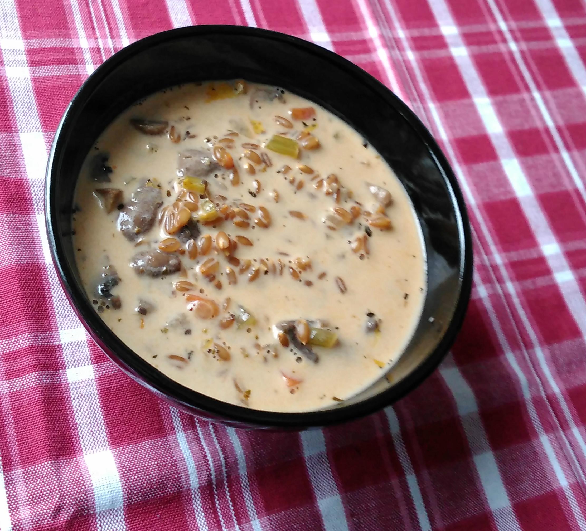 Vegan Creamy Mushroom and Farro Soup