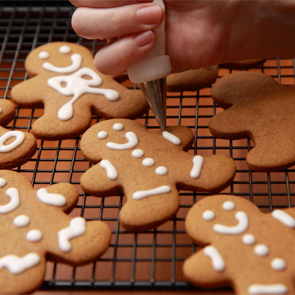 Eileen's Spicy Gingerbread Men Shana Keith