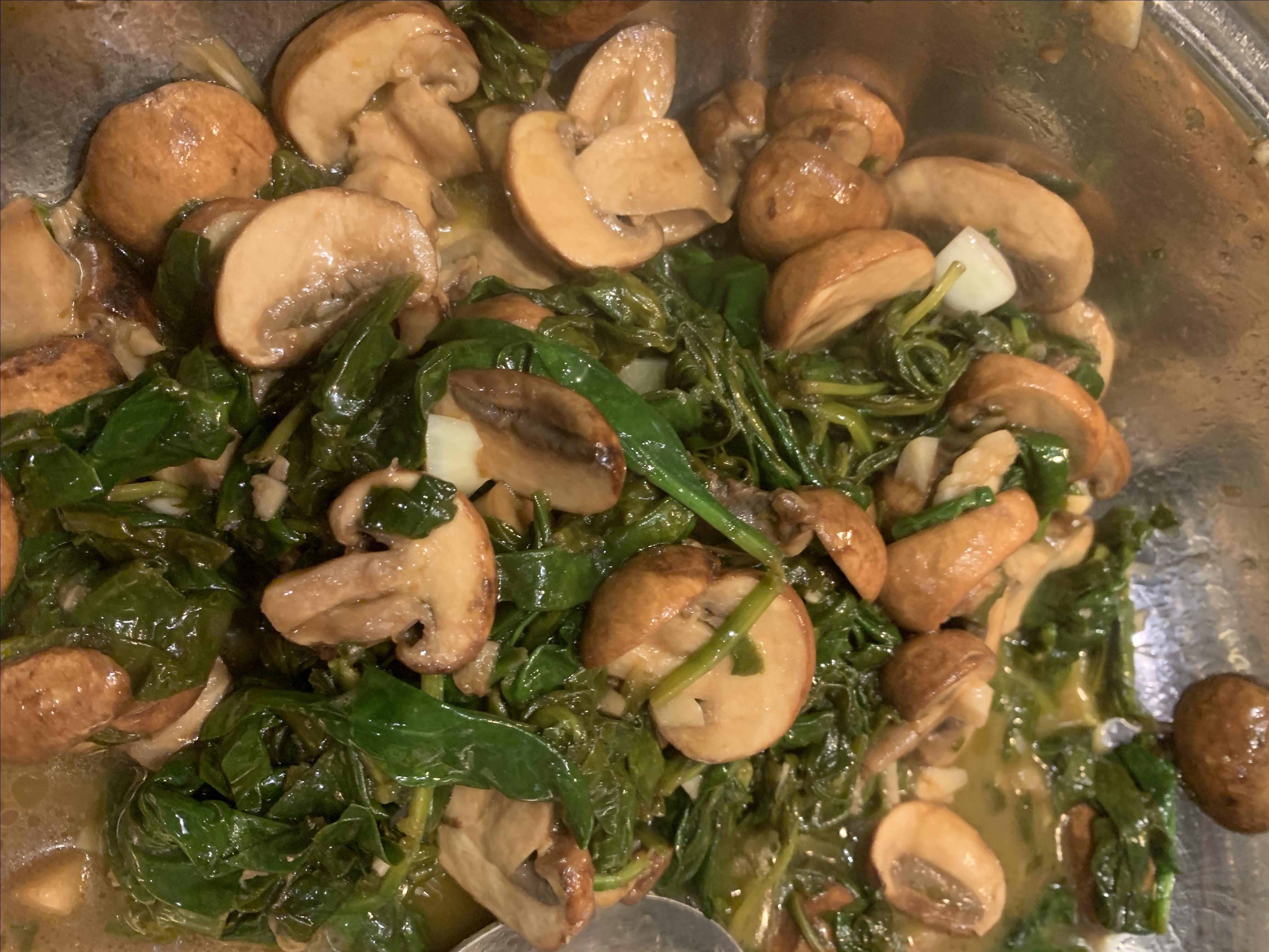 Balsamic-Garlic Spinach and Mushrooms