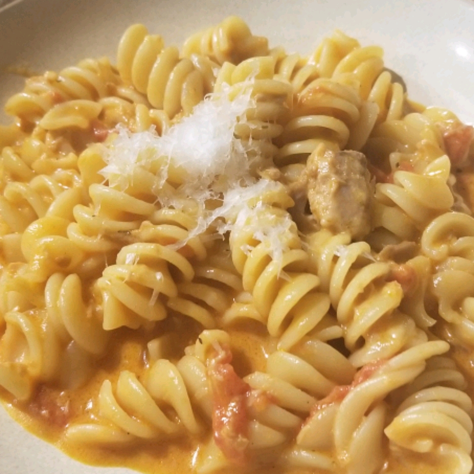 Creamy Tomato Tuna Penne Pasta Sharyl