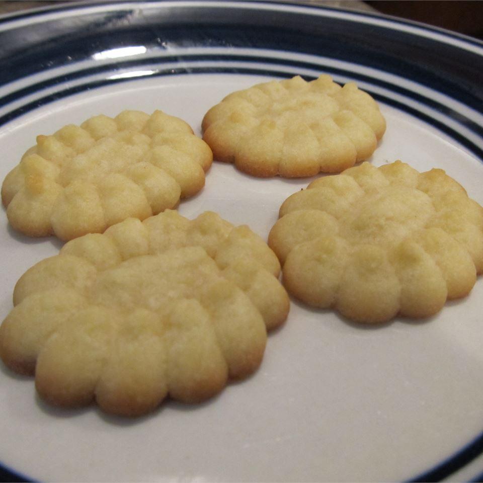 Buttery Yeast Spritz
