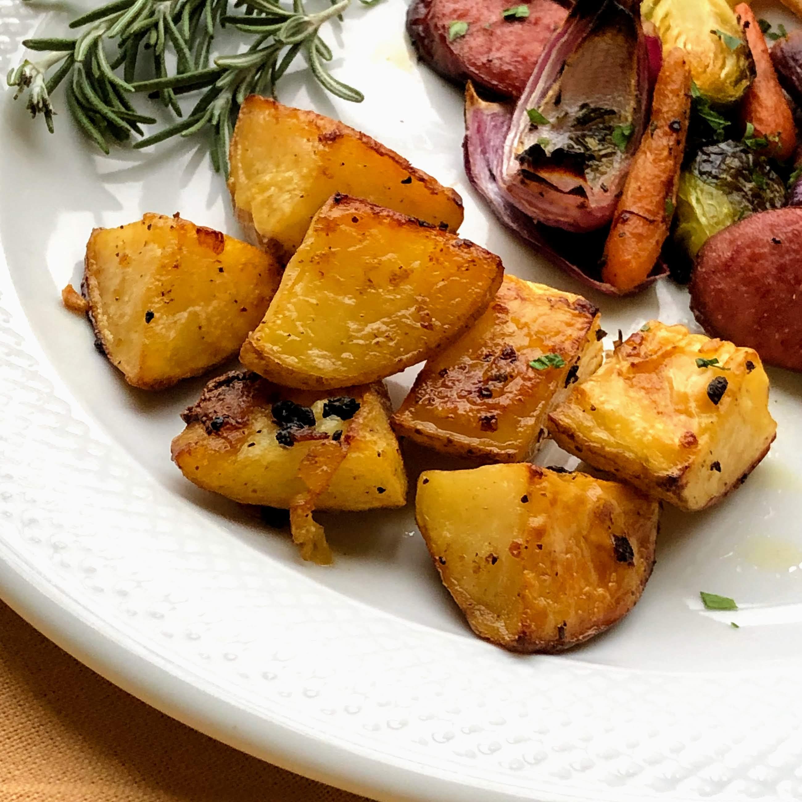 Roasted Lemon-Garlic Potatoes