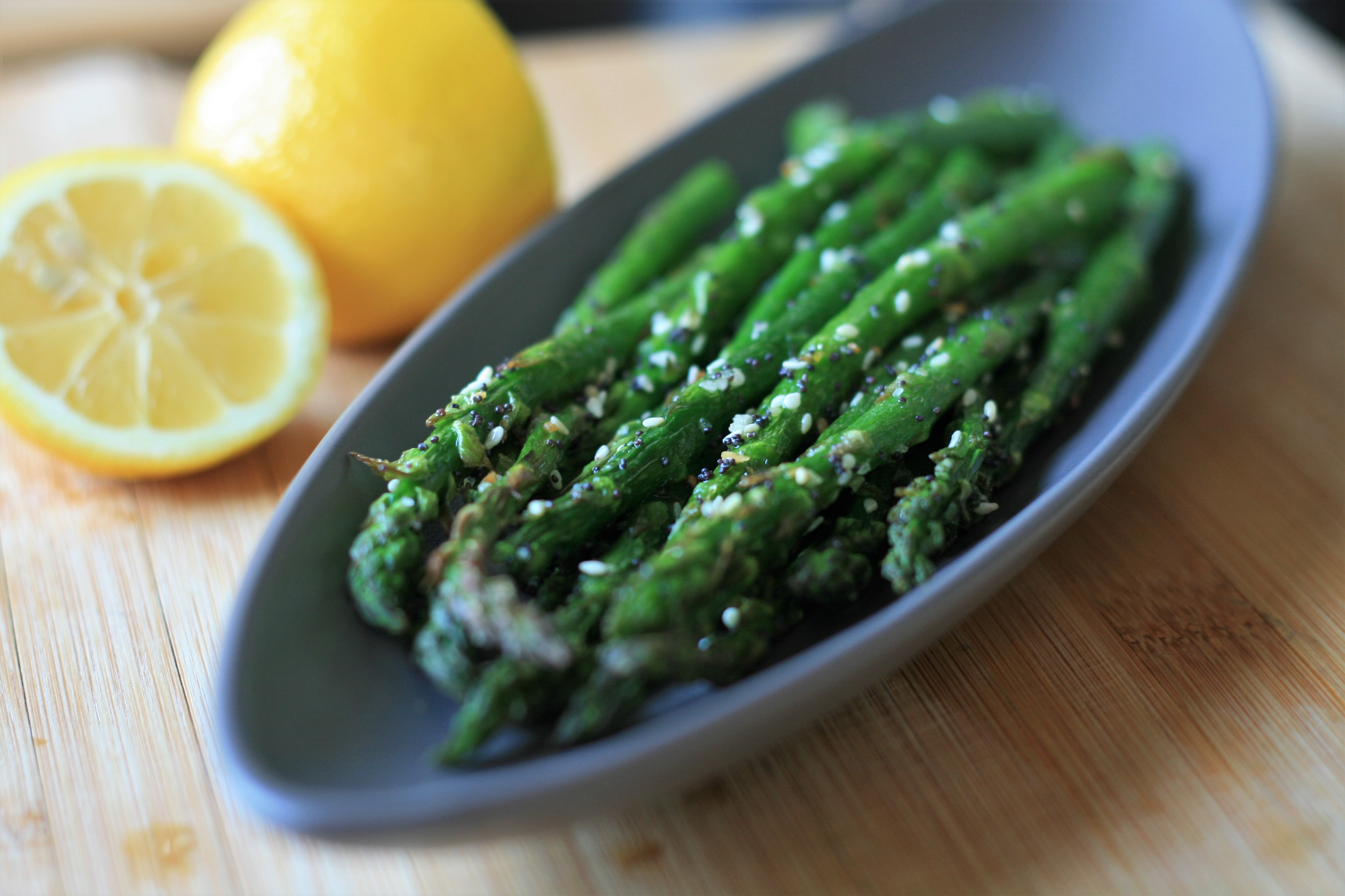 """Everything"" Seasoning Air Fryer Asparagus"