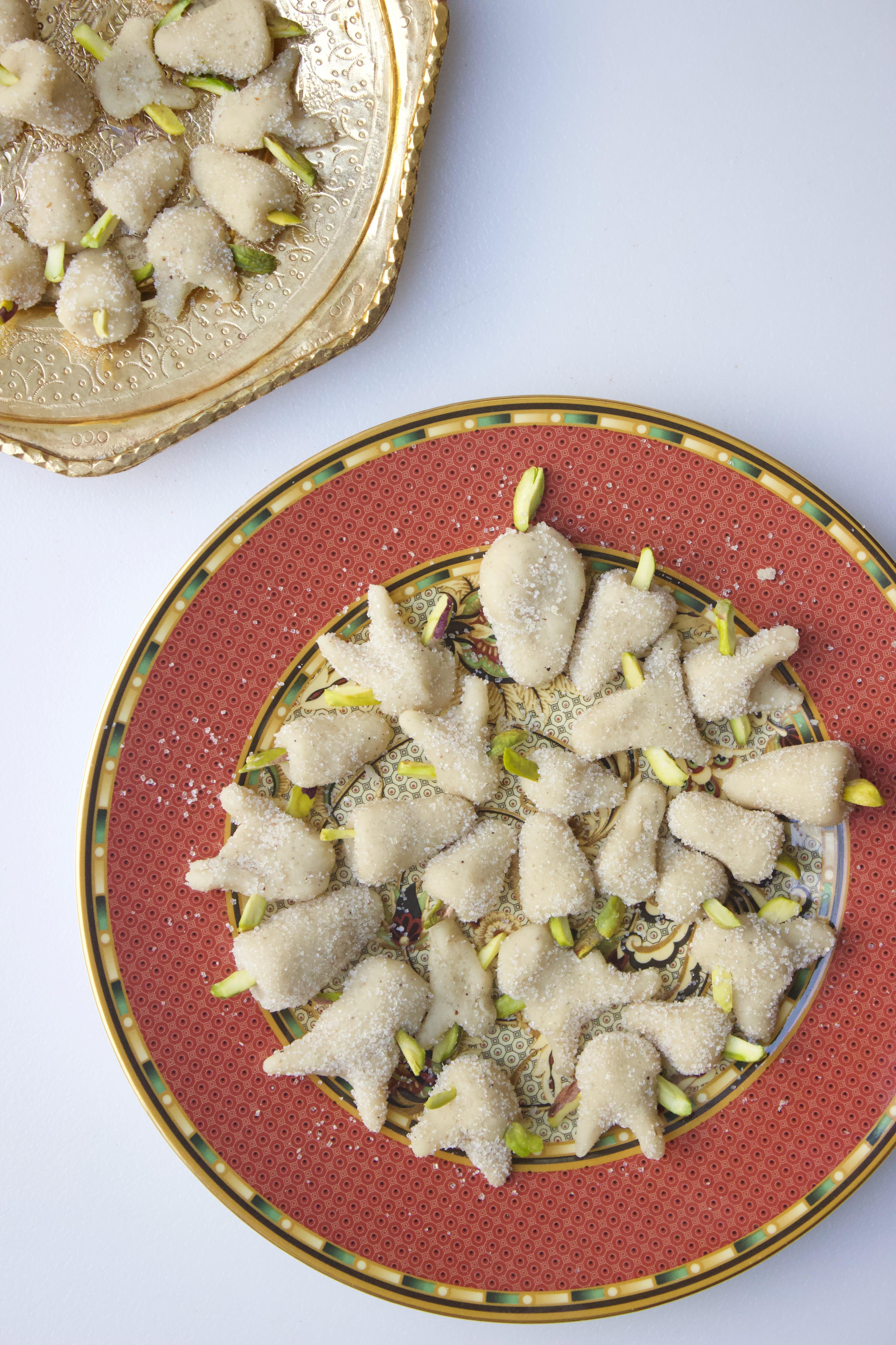 Tut (Persian Marzipan)