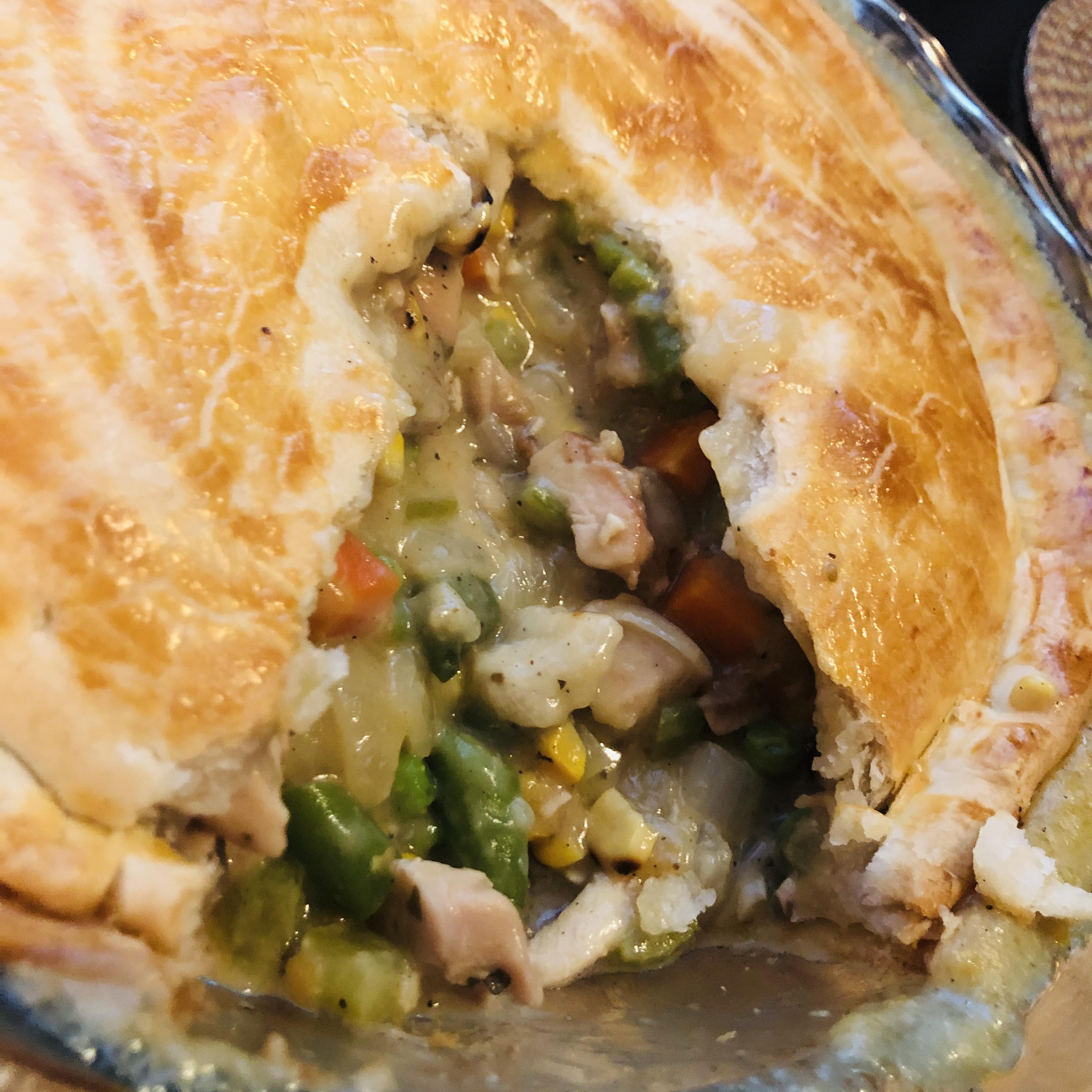 Rotisserie Chicken Pot Pie Lynnette