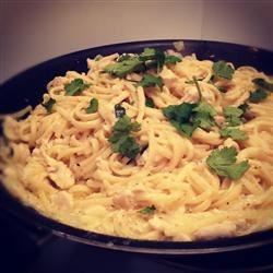 Creamy Chicken on Linguine TGS411
