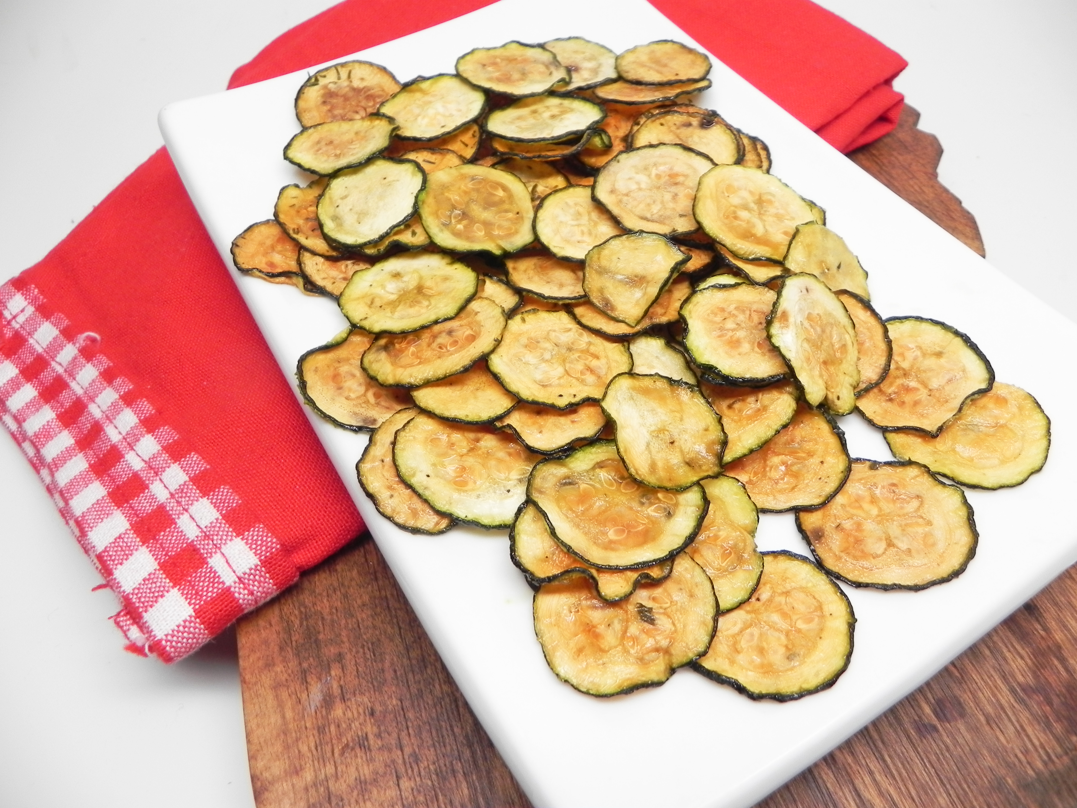Parmesan-Ranch Zucchini Chips