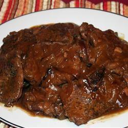 Flavorful Chicken Fried Steaks with Gravy